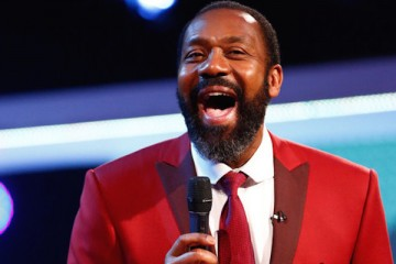 lenny henry is knighted
