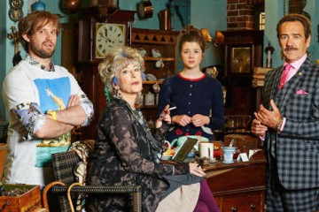 Robert Lindsay and Maureen Lipman star in UKTV Gold's sitcom Bull