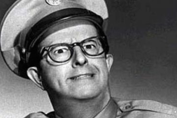 Phil silvers stars as sergeant bilko in the phil silvers show