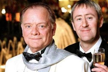 only fools and horses 2001 and cel and Rodney Arte millionaires but for how long?