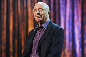 Jasper carrott returns to the BBC stool for a one off show