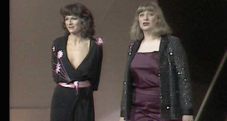 victoria wwod and julie walters star in the 1982 ITV series Wood and Walters