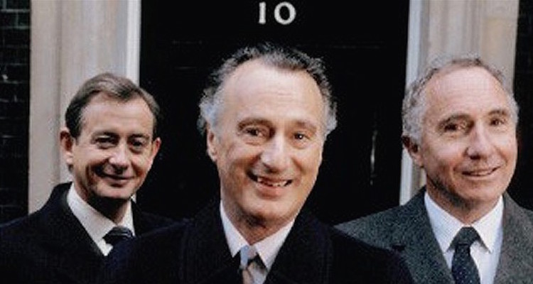 paul eddington , nigel hawthorne and derek fowlds star in yes prime minister