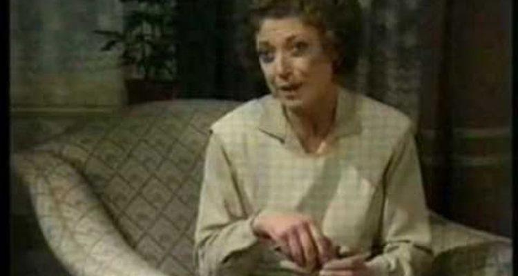Miriam Karlin stars in the forgotten sitcom So Haunt Me