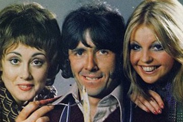 Richard O'Sullivan and the cast of hit tv show man about the house line up for a big screen versio