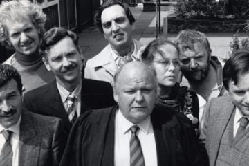 Roy Kinnear's last TV role before his death was in thie ill feted sitcom Hardwicke House