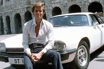 Ian Ogilvy takes on the mantle of Simon Templer in the follow up series to the Saint