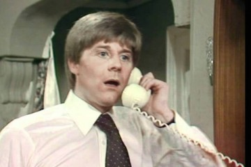 Martin Jarvis stars as Oliver Pryde in BBC 70's sitcom rings on their fingers