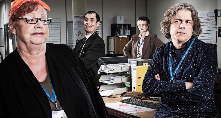 jo Brand and missing hancocks star kevin eldon star alongside alan davies in a new c4 sitcom - damned