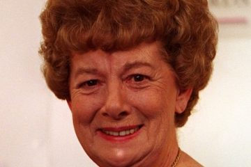 actrees jean alexander famed for her roles as hilda ogden and auntie wainwright has died