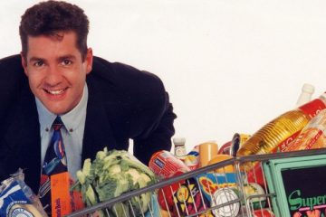 dale_winton became a household name presenting Supermarket sweep